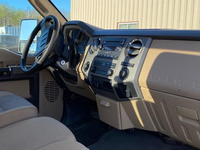 2012 Ford F250 XLT Truck