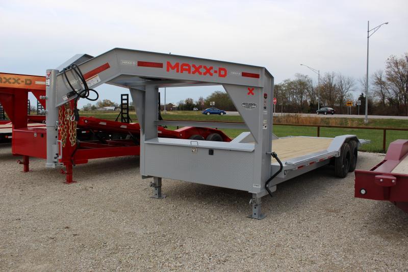 2021 MAXXD T8X 24' gooseneck tilt Equipment Trailer