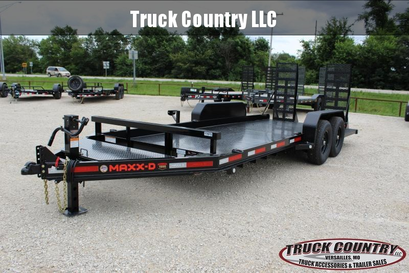 2021 MAXXD B6X 18' Equipment Trailer
