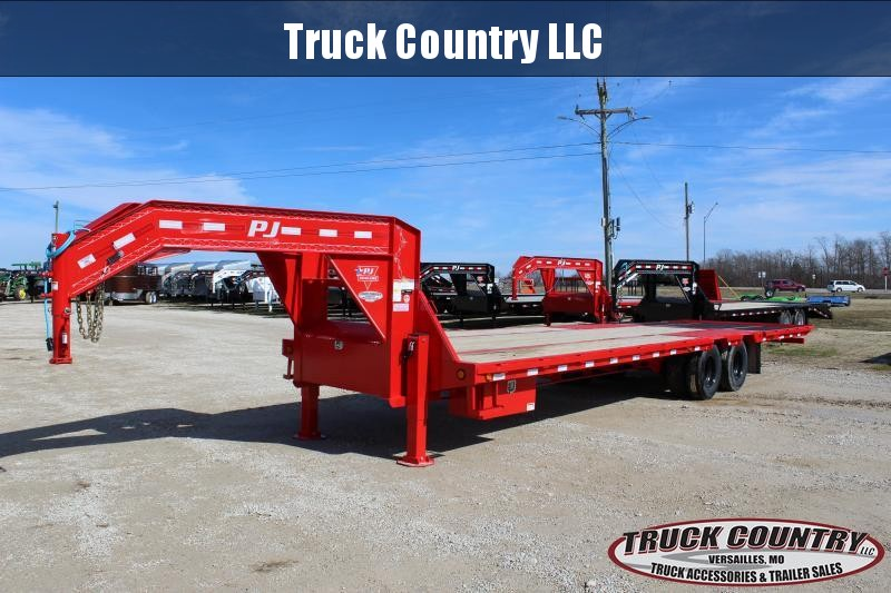 2020 PJ Trailers LY 32' Hydraulic Dovetail Flatbed Trailer