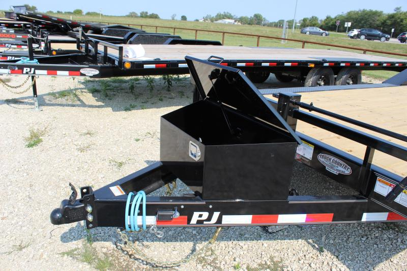 2021 PJ Trailers B6 24' Equipment Trailer