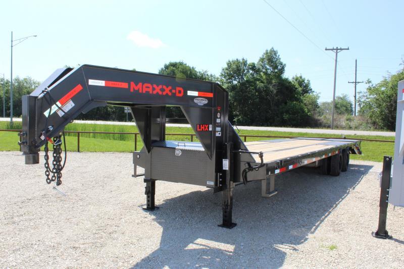 2021 MAXXD LHX 32' gooseneck Flatbed Trailer
