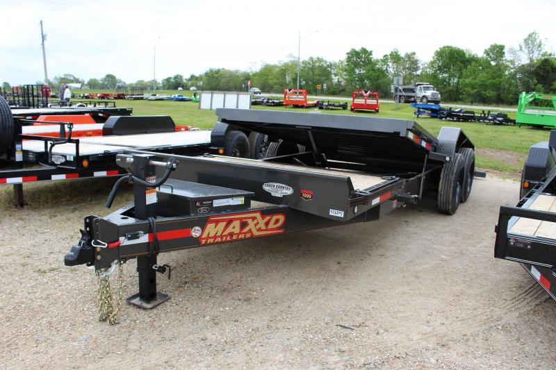 2020 MAXXD G8X 83x22 gravity tilt Equipment Trailer
