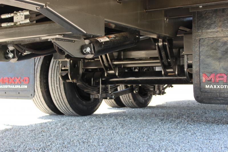 2021 MAXXD YHX 34' hydraulic dovetail Flatbed Trailer