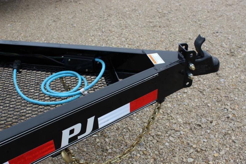 2020 PJ Trailers CC 18' Equipment Trailer