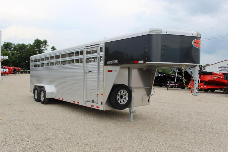 2021 Sundowner Trailers 24' gooseneck Rancher express Livestock Trailer