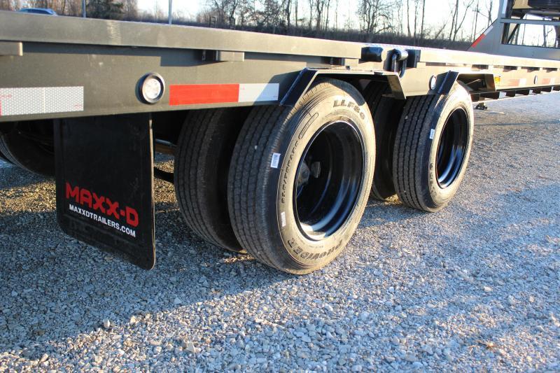 2021 MAXXD YHX 36' 40K hydraulic dovetail Flatbed Trailer