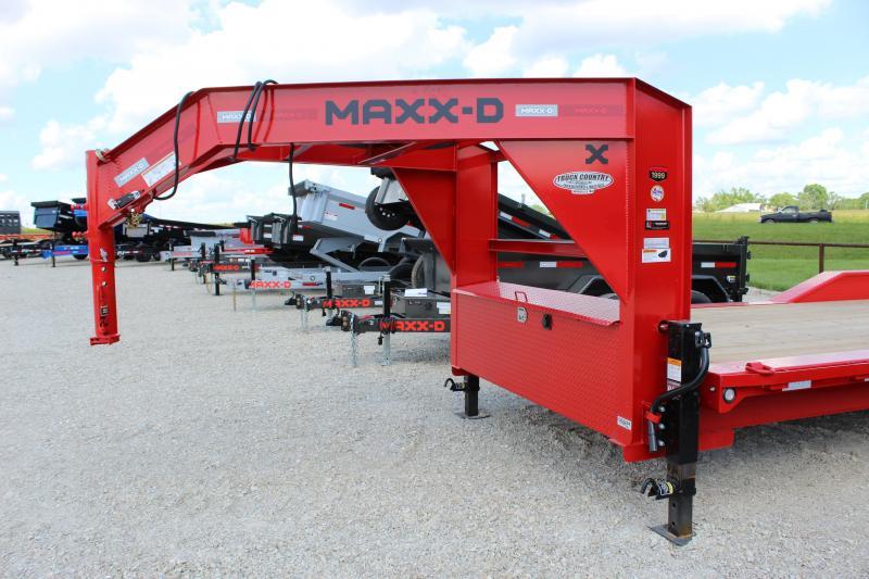 "2022 MAXXD T6X 102""x24' gooseneck tilt Equipment Trailer"
