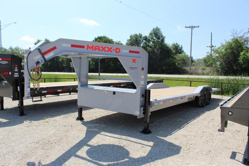 "2021 MAXXD T8X 102""x28' gooseneck tilt Equipment Trailer"