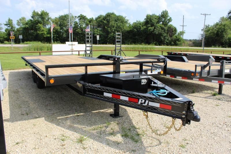 2022 PJ Trailers T8 22' tilt Flatbed Trailer