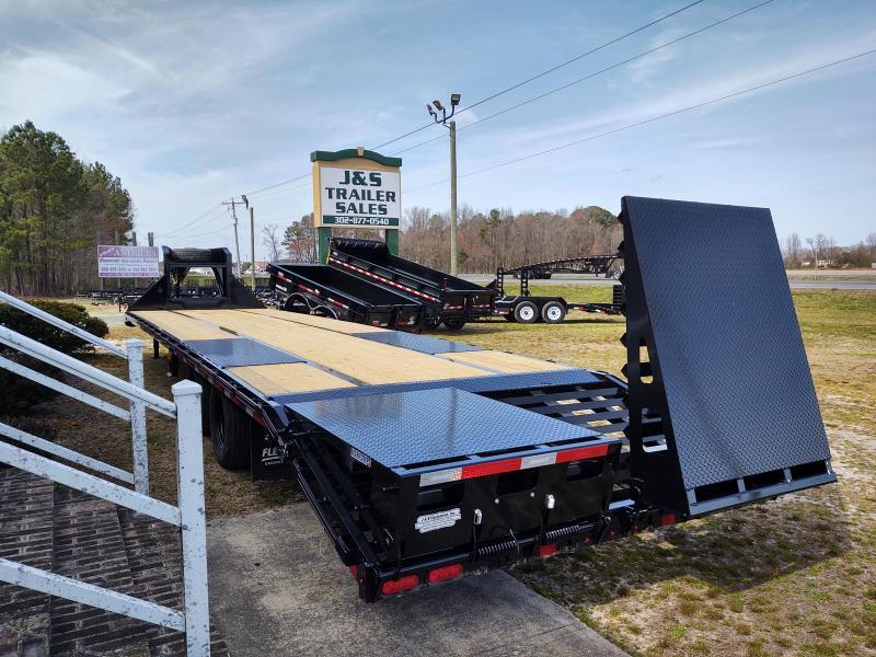 2021 Diamond C Trailers FMAX210 Equipment Trailer