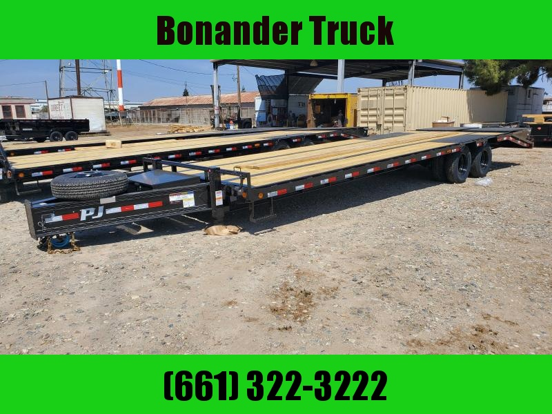2022 PJ Trailers PL302 Flatbed Trailer