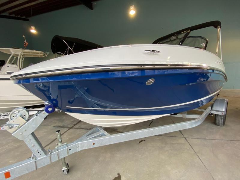 2021 Bayliner Boats VR5 Bowrider