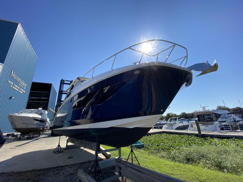2021 Searay 320 Sundancer