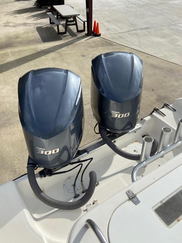 2001 Century 3200 CC
