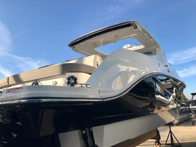 2020 Sea Ray 400 SLX