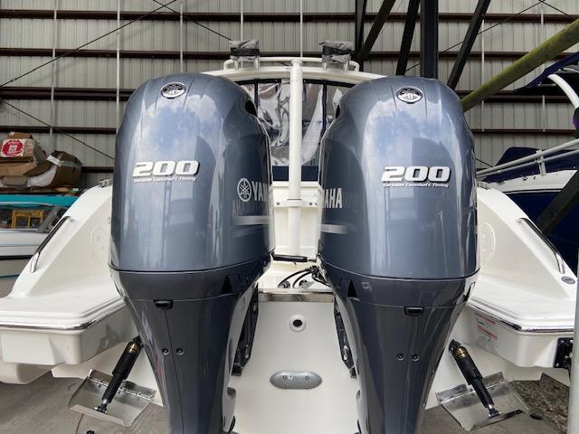 2021 Pursuit DC 266
