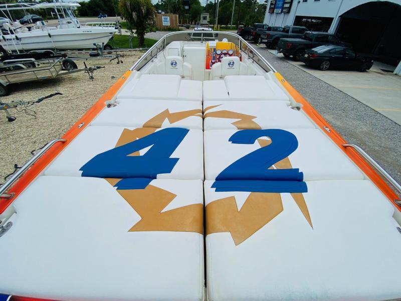 2005 Fountain 42 LIGHTNING High Performance Boat