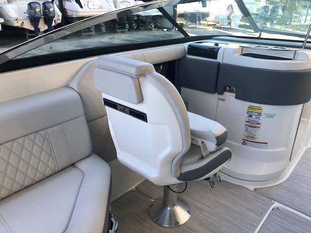 2020 Sea Ray 250 SLX Bowrider