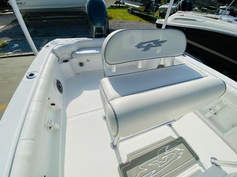 2021 Glasstream Powerboats 240 CCX Fishing Boat