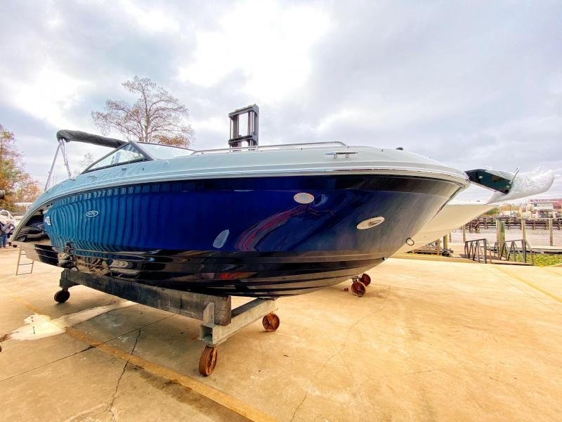 2021 Sea Ray 270 SDX Bowrider