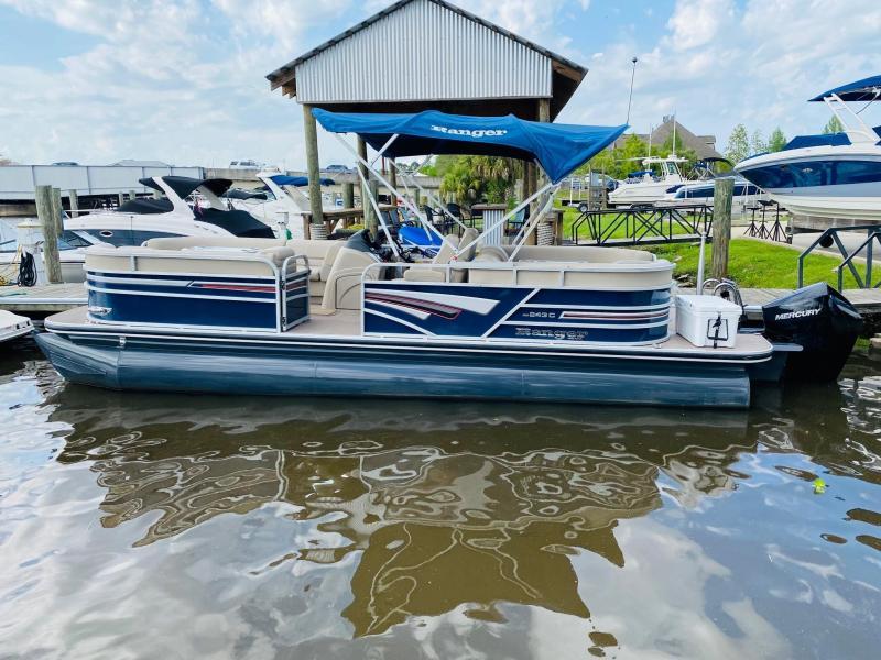 2021 Ranger RP 243 C Pontoon Boat