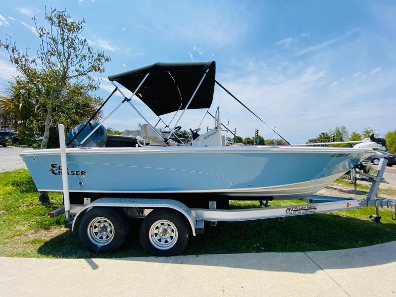 2015 Sea Chaser 210 LX BAY RUNNER Fishing Boat