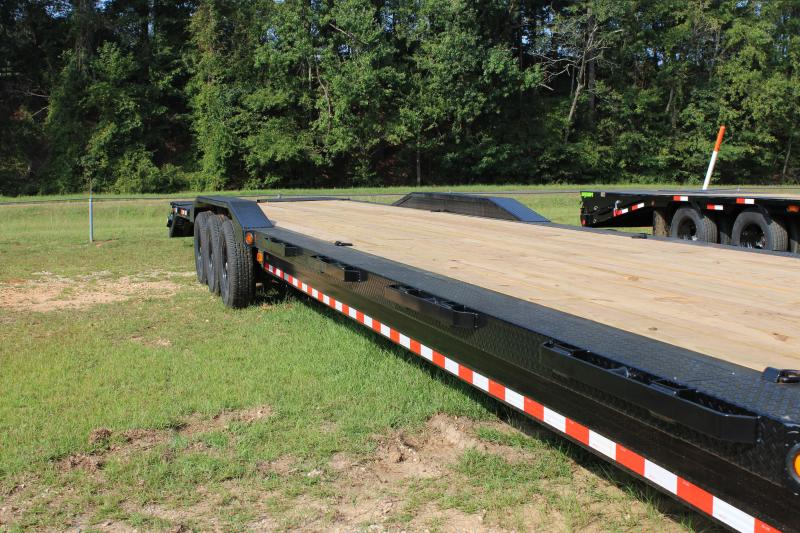 "Iron Bull 102""X44' Gooseneck Car Hauler"