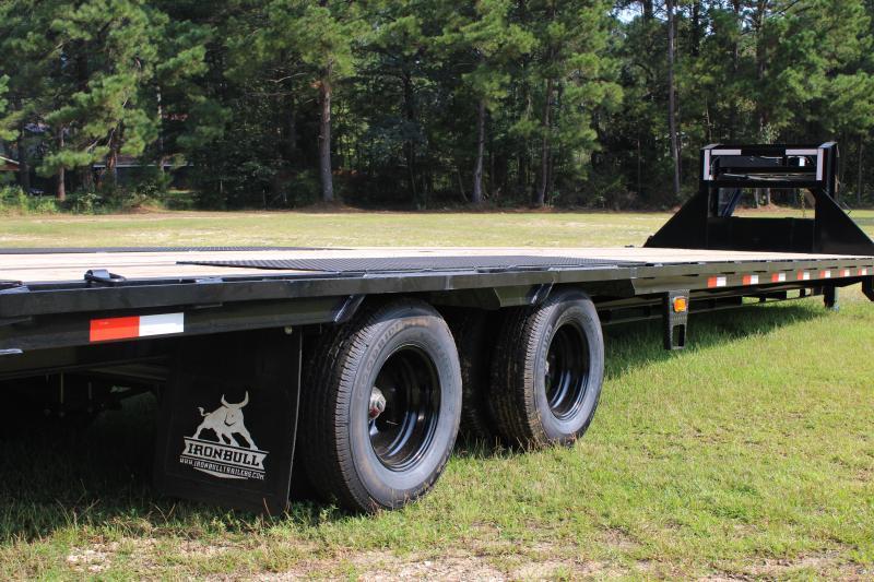"Iron Bull 102""X36' 24K Gooseneck Flatbed Trailer"