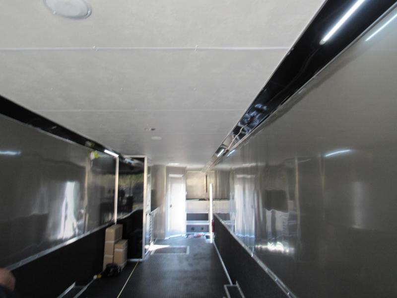 2021 Cargo Mate 50ft Bath Package Gooseneck Car / Racing Trailer