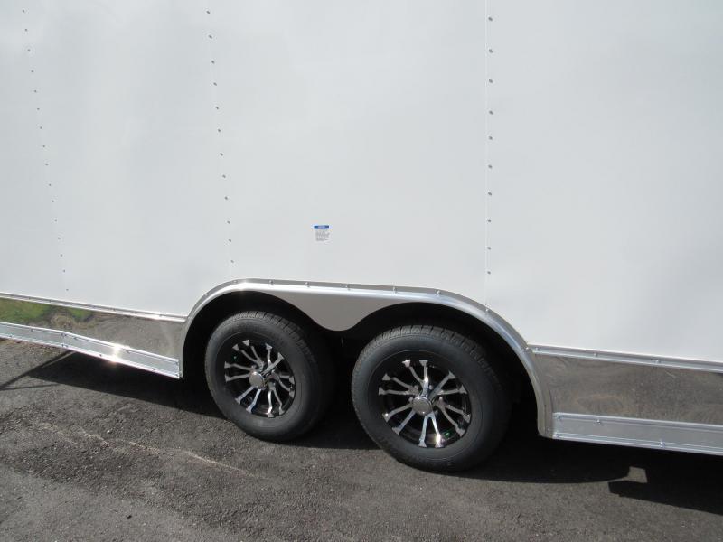 2022 Continental Cargo 24ft Car / Racing Trailer