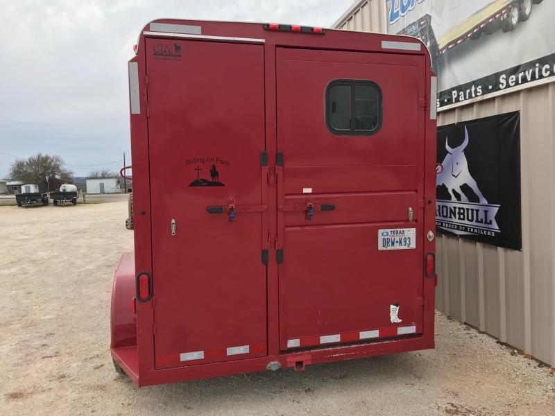 2010 CM Horse Trailer Livestock Trailer