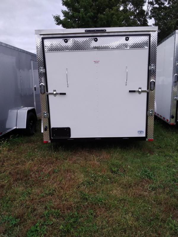 Arising Industries 7 x 10 V-Nose Enclosed Trailer