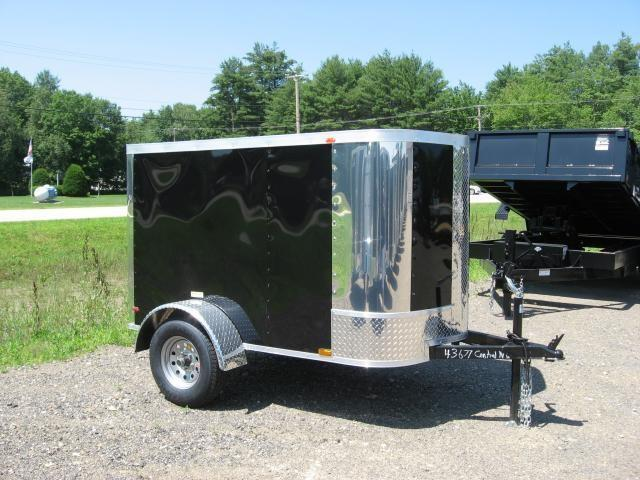 Arising Industries 4 x 6 V-Nose Enclosed Trailer