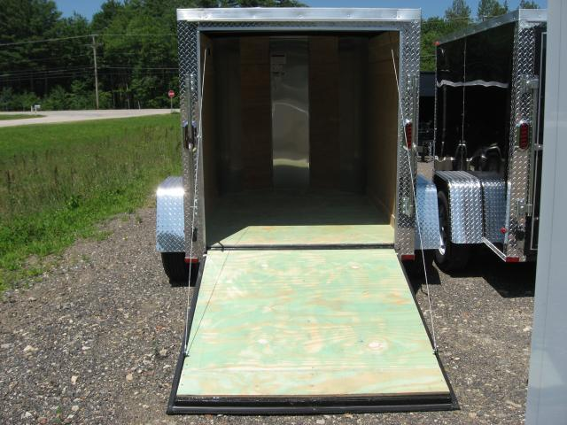 Arising Industries 5 x 6 V-Nose Enclosed Trailer