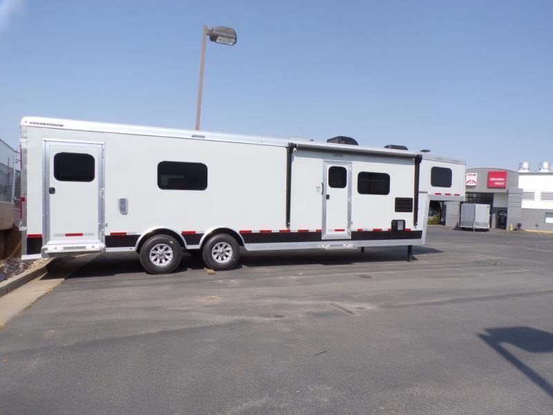 2021 Logan Coach Enclosed 28' Toy Hauler RV On Sale