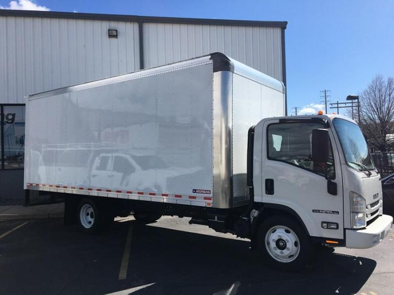 2020 Isuzu Box Truck