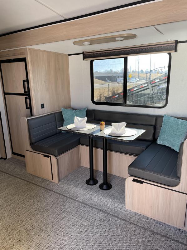 2021 Cruiser 25' Trailer Travel