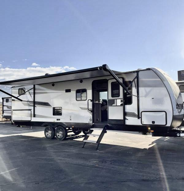 2021 Cruiser 28' Travel Trailer
