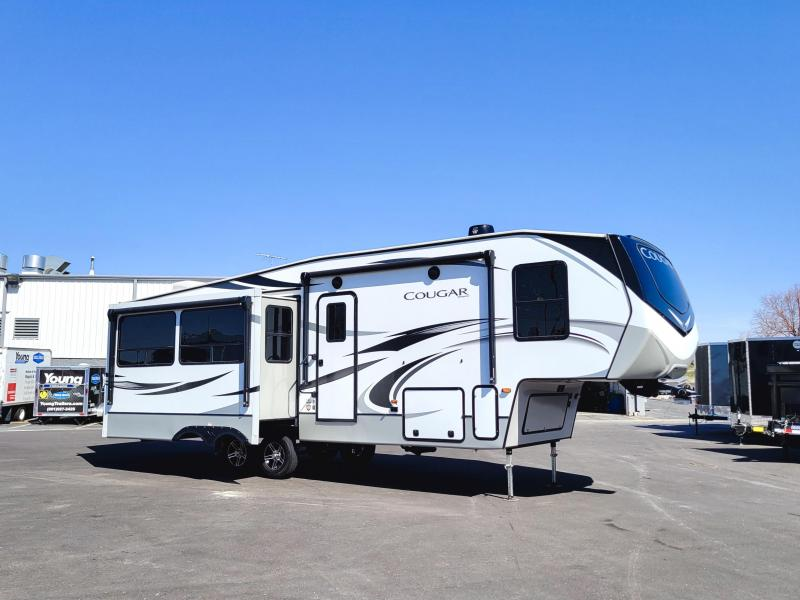 USED 2019 Keystone RV Fifth Wheel RV