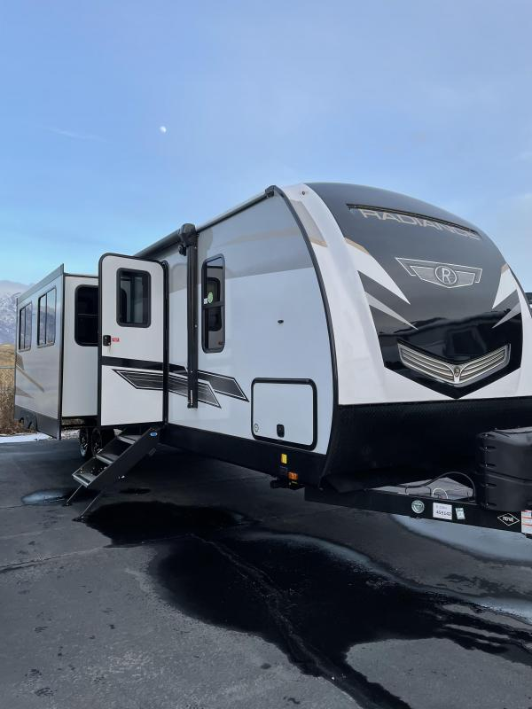 2021 Cruiser Radiance 32 'Camp Trailer/ RV