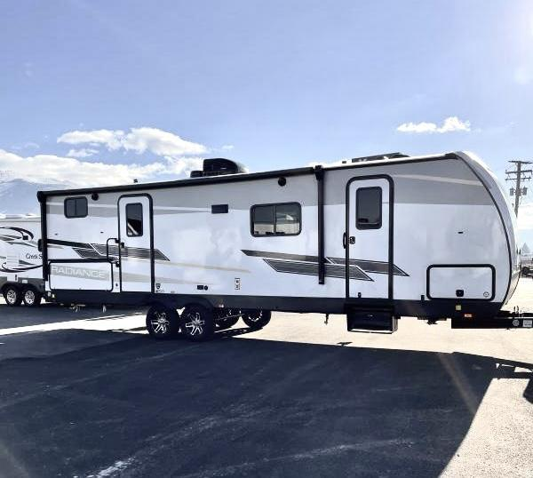 2021 Cruiser 28' RV Travel Trailer