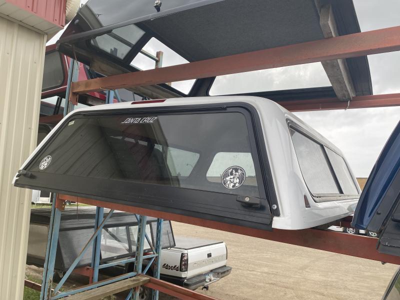 14 - LEER 100R 6.5' TRUCK TOPPER (F150 04-08)