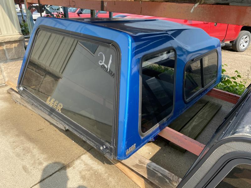 16 - LEER 5FT TRUCK TOPPER (1995.5-2004 EXT CAB TACOMA/T100)
