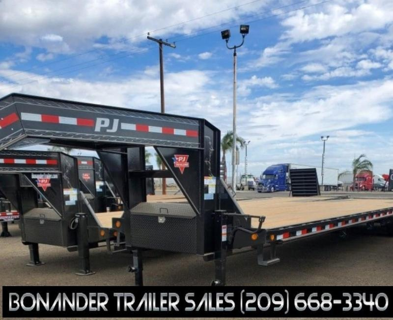 2022 PJ Trailers 25' Low-Pro Flatdeck with Duals (LD) Flatbed Trailer