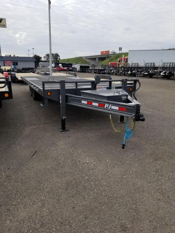 2021 PJ Trailers T8-24 Equipment Trailer