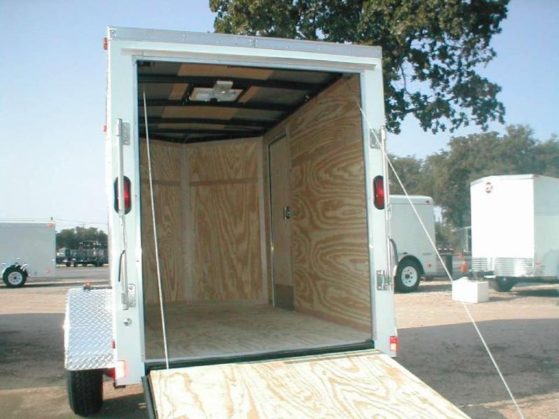 Wells Cargo FT510S2-R Enclosed Trailer