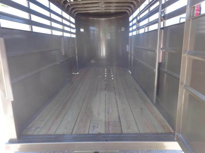 Delco 16' x 6' Arizona Beige Powder Coated Bumper Pull Stock Trailer