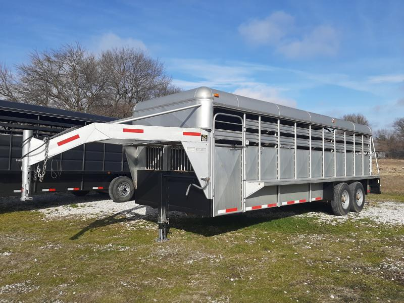 USED 2011 Coose 22 x 6'8 Metal Top Livestock Trailer