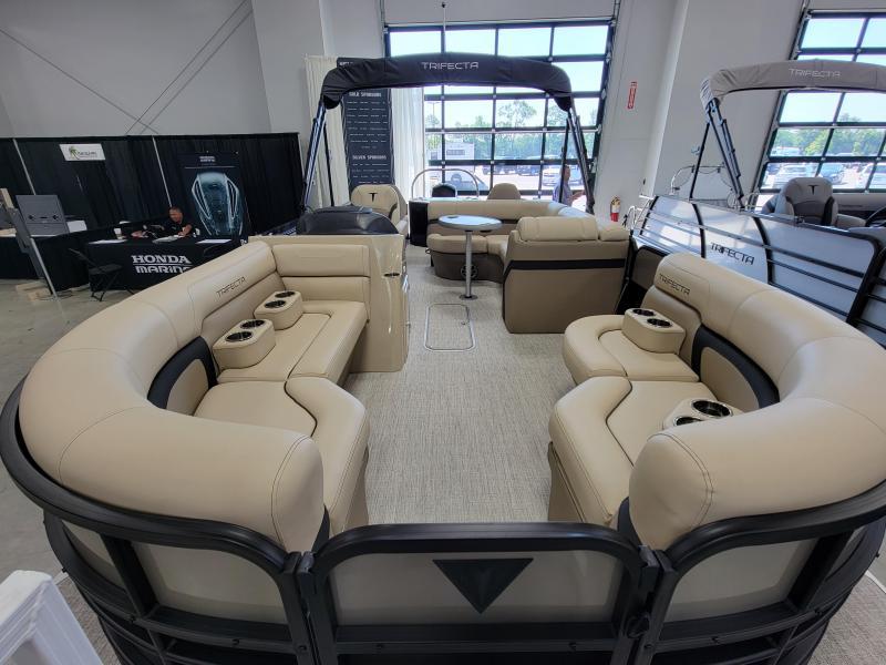 2022 Trifecta Pontoon 24RFC2 CS 2.75 Pontoon Boat